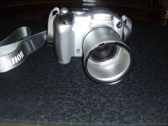 Canon Power Shot. S2 la 5.0 Mega Pixel Digital Camera for Sale in Vancouver,  WA
