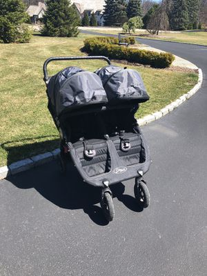 Baby Jogger City Mini GT Double Stroller Off-Black/Black for Sale in Bloomfield Hills, MI