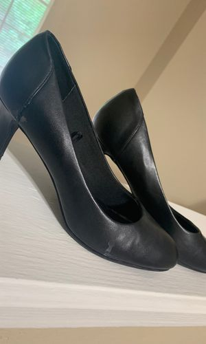 Gently used black heels Size 9 for Sale in Dallas, TX