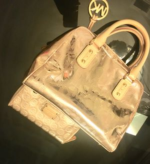 Michael Kors purse and wallet for Sale in Alexandria, VA