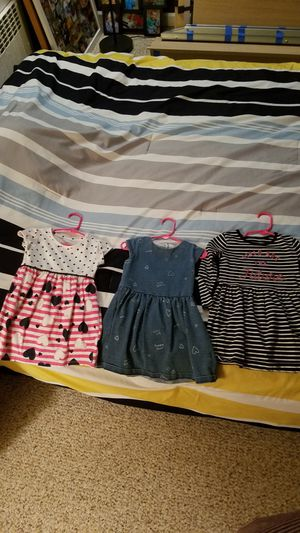 2 toddler dresses great conditions for Sale in Passaic, NJ