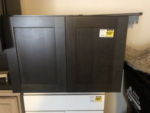 Wall cabinet (Butt) for Sale in Rowland Heights, CA