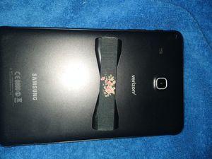 Samsung 9 in tablet for Sale in Brandon, FL