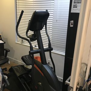 Gently Used Elliptical For The Home for Sale in Bellevue, WA