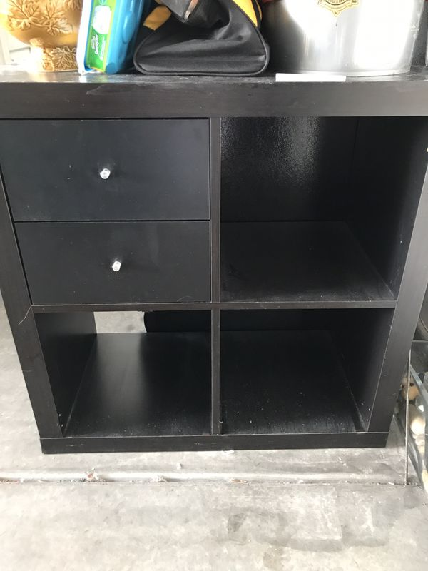 Shelf with cubby's and 2 working drawers