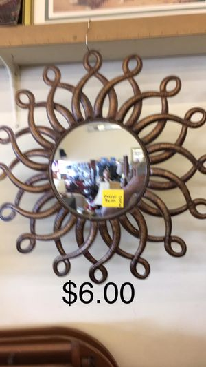 Mirror for Sale in Fort Leonard Wood, MO