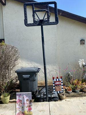 Portable Basketball hoop for Sale in Vista, CA