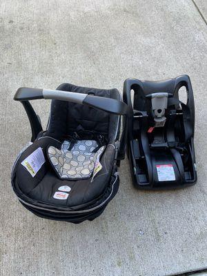 Britax rear facing car seat for Sale in Laurel, MD