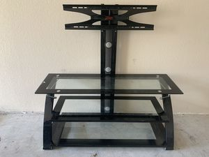 Z-Designs TV stand for Sale in Austin, TX