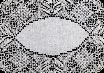 Set Of 10 Vintage White Crocheted Placemats for Sale in Lexington,  KY