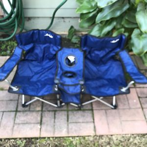 Kids Side By Side Outdoor Chair for Sale in Long Beach, CA
