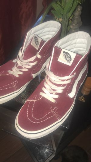 White and burgundy high top vans for Sale in Milwaukee, WI