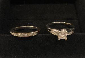 Wedding ring set, 14K white gold princess cut diamonds for Sale in Greenville, SC