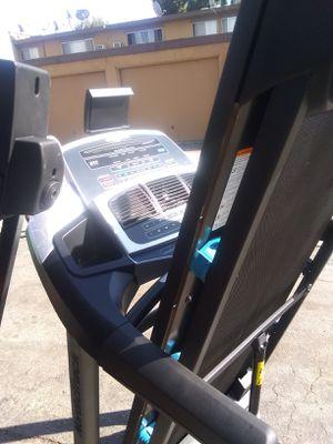 Treadmill Nordictrack nueva onli some scratches for Sale in La Puente, CA