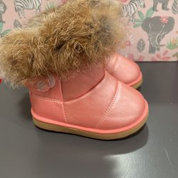Toddler Snow Boots for Sale in Salinas,  CA