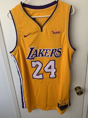 Kobe Bryant #24 yellow Los Angeles Lakers retirement jersey for Sale in Los Angeles, CA