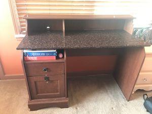 Desk for Sale in Dearborn, MI