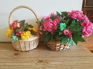 4 Flower pots for Sale in Woonsocket, RI