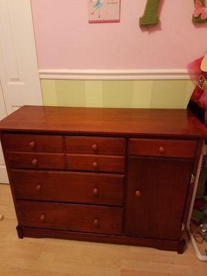 JcPenny dresser for Sale in Oviedo, FL