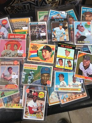 Vintage Baseball Card Lot for sale 400 Cards for Sale in Murfreesboro, TN