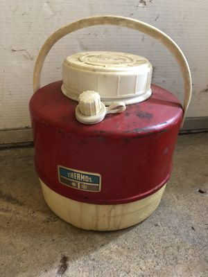 Vintage thermos lunch cooler for Sale in West Haven, CT