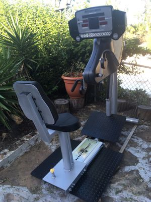 """Magnum UB300 Upper Body Ergometer 64""""L x 29""""W x 63""""H workout swimming trainer for Sale in Spring Valley, CA"""