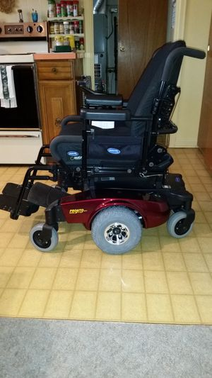 Invacare Surestep Power Chair for Sale in Sylvania, OH