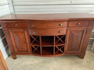 100% Real Cherry Oak Wood 16 Bottle Floor Bar with Wine Storage for Sale in Smyrna, TN
