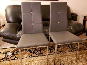 2 New Chairs for Sale in Lynnwood, WA