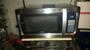 Microwave-Oster 1100 watt in perfect condition for Sale in Huntsville, AL