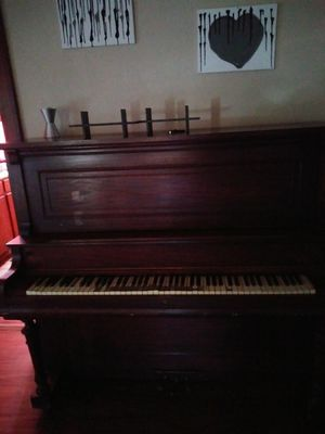 Upright 1900 free piano for Sale in Peoria, IL