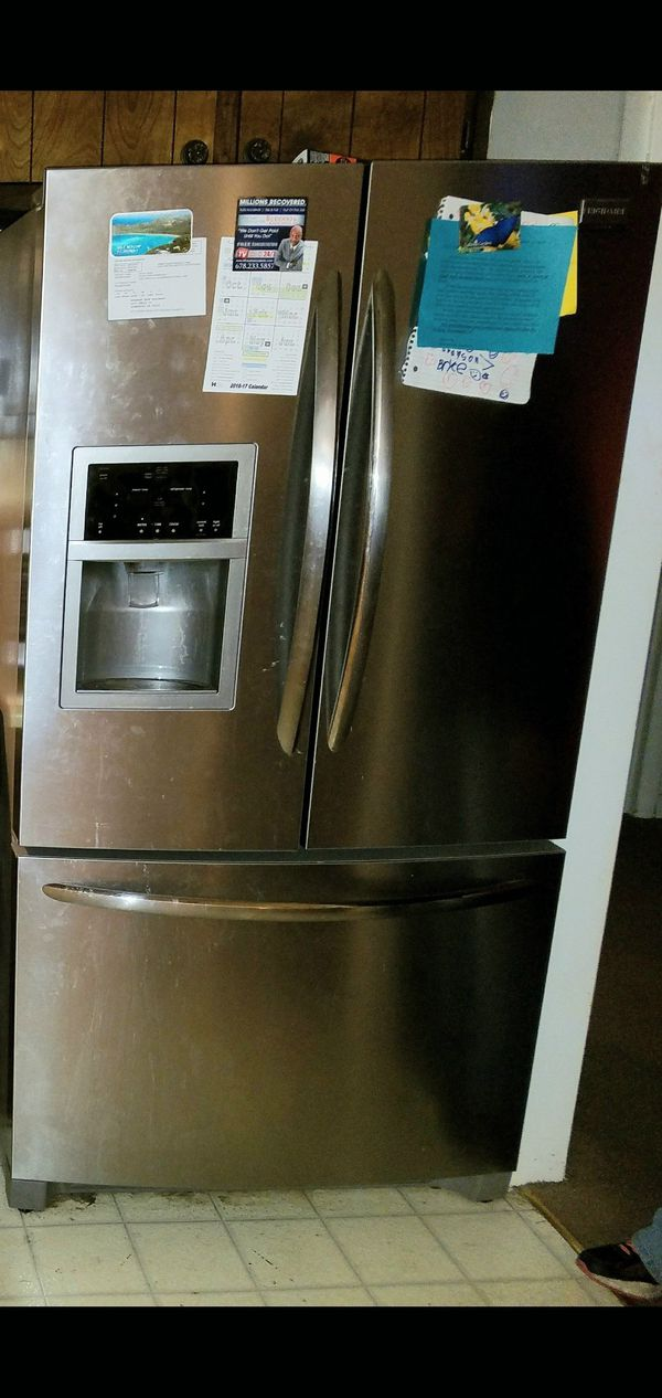Frigidaire stainless steel fridge/ freezer