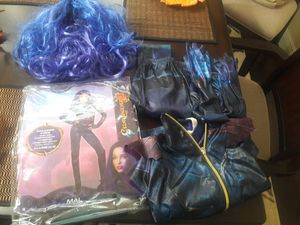 Girls Descendants Mal costume 14-16 4 pieces and wig for Sale in Coconut Creek, FL