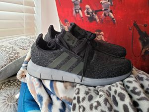 Mens Adidas sz 8.5 for Sale in Acworth, GA