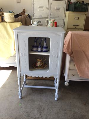 Antique radio cabinet for Sale in Fresno, CA