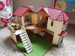 Calico critters red roof country home gift set for Sale in Lubbock, TX