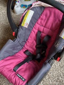 Free Infant Car seat for Sale in Houston,  TX