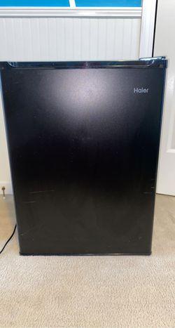 Haier Household Mini Fridge for Sale in Columbia,  SC