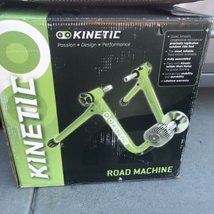 Kinetic Road Machine With Mat And Wheel Riser Ring for Sale in Escondido, CA