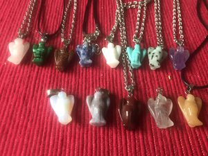 $12 NEW GUARDIAN ANGEL QUARTZS FOR PROTECTION PENDANTS for Sale in Rialto, CA