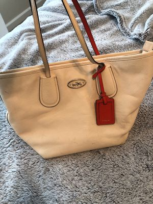 Coach tote bag for Sale in Puyallup, WA