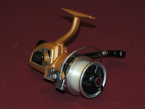 Shakespeare 2711 Ball Bearing Spinning Fishing Reel for Sale in Chino, CA