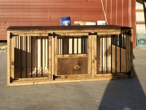 Dog kennel for medium or small dogs for Sale in Lebanon, TN