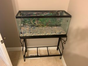 fish tank like 30gallons for Sale in Columbus, OH