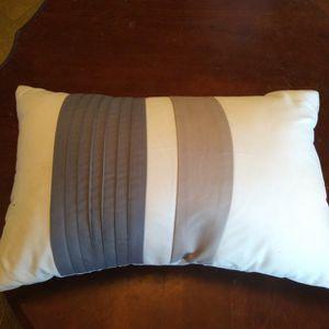 Pretty Throw Pillow for Sale in Turlock, CA