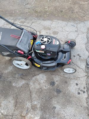 Craftsman 7.25hp electric start and pull start just needs battery for Sale in West Covina, CA