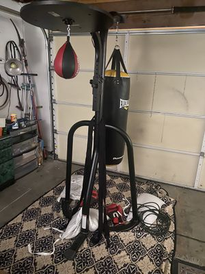 Punching Bag Dual Stand with Bags for Sale in Modesto, CA