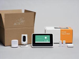 Vivint Smart Home Security DIY Kit for Sale in Miami, FL