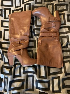 Heeled boots for Sale in Claymont, DE