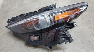 FOR PARTS 2019 2020 MAZDA 3 XENON HID HEADLIGHT OEM LEFT SIDE for Sale in Lawndale, CA